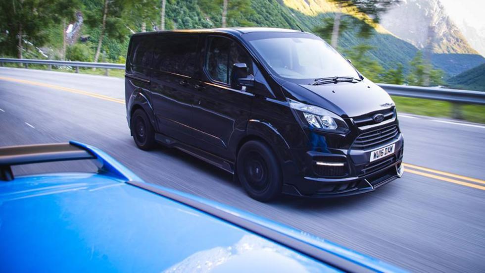 Ford Transit Ken Block Edition delantera tres cuartos