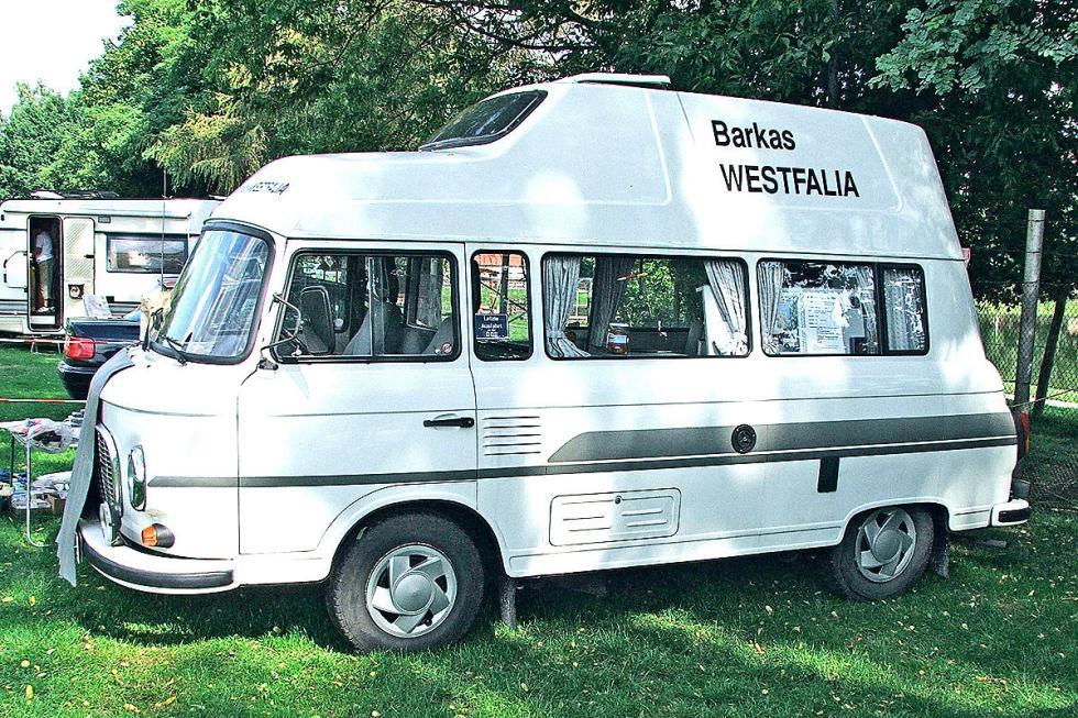 Barkas B1000 L Westfalia: de 1991, Westfalia creó sobre esta furgoneta una casa