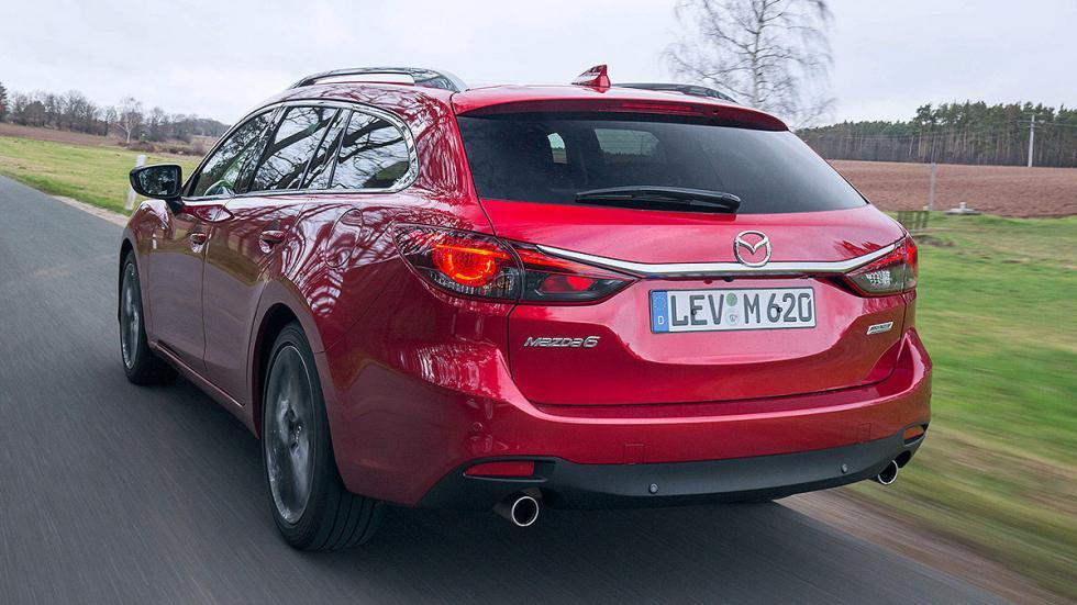 Mazda 6 Wagon traseras zaga