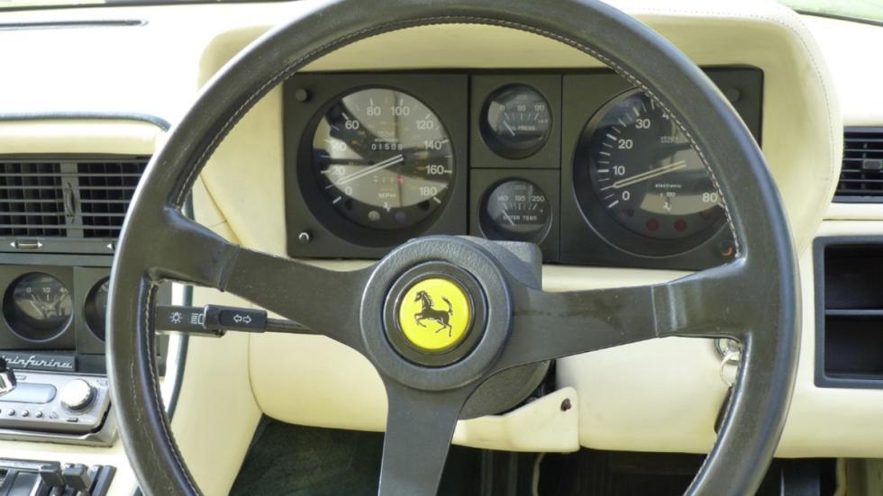 Subasta Ferrari 400i