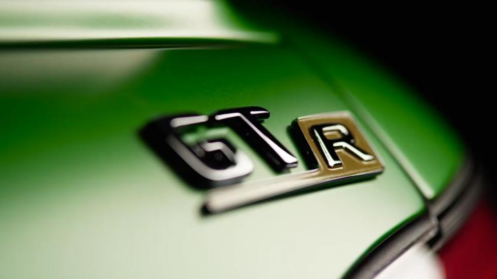 Mercedes-AMG GT R logo