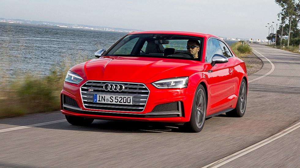 Audi A5 y S5 Coupé (2016)  detalle faros