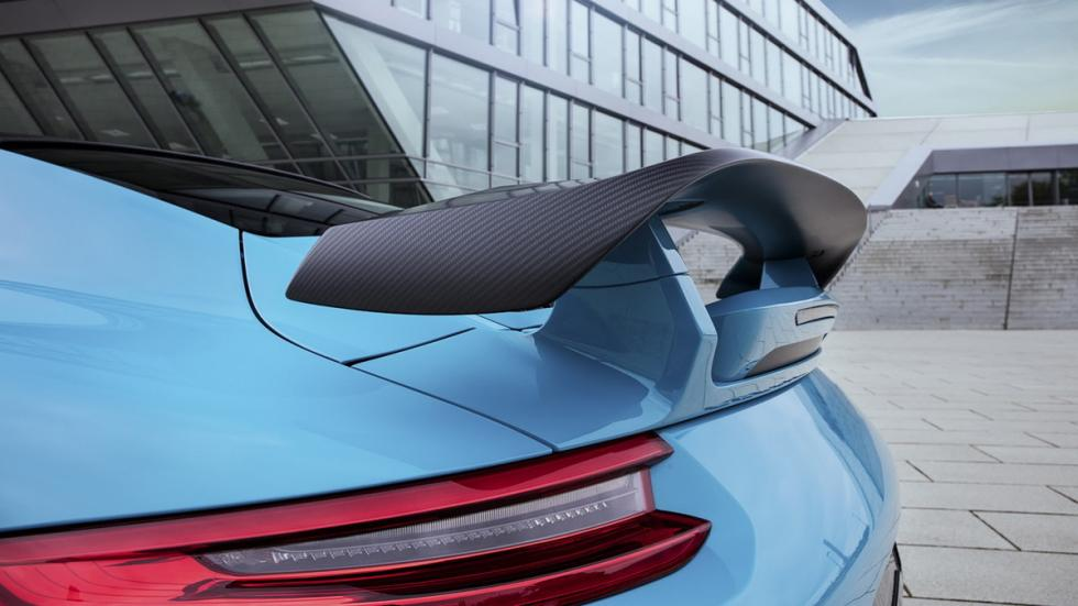 Porsche 911 Turbo S y Carrera S preparados por TechArt alerón