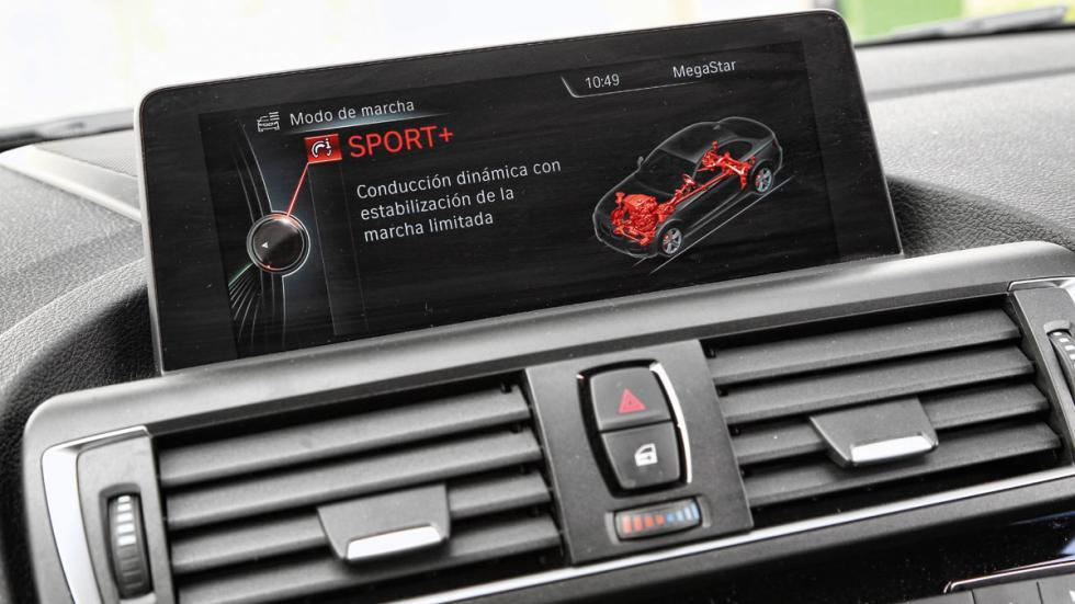 BMW-M2-Coupe-pantalla-modo-conduccion