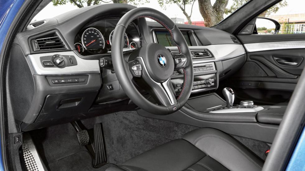 BMW-M5-salpicadero