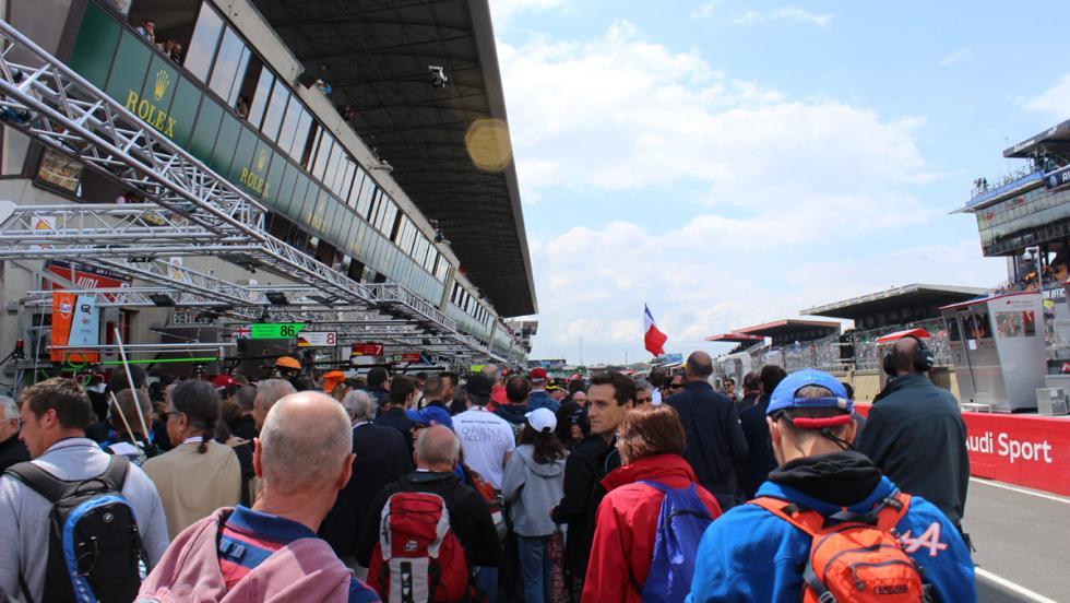 24 horas de Le Mans 2016, paseo boxes