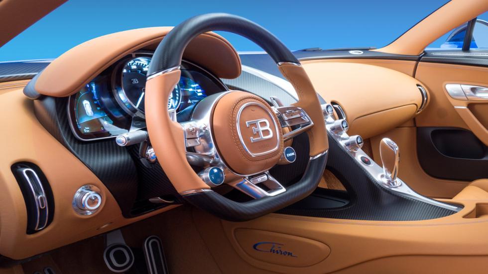 opciones-absurdamente-caras-bugatti-chiron-fibra-carbono-interior