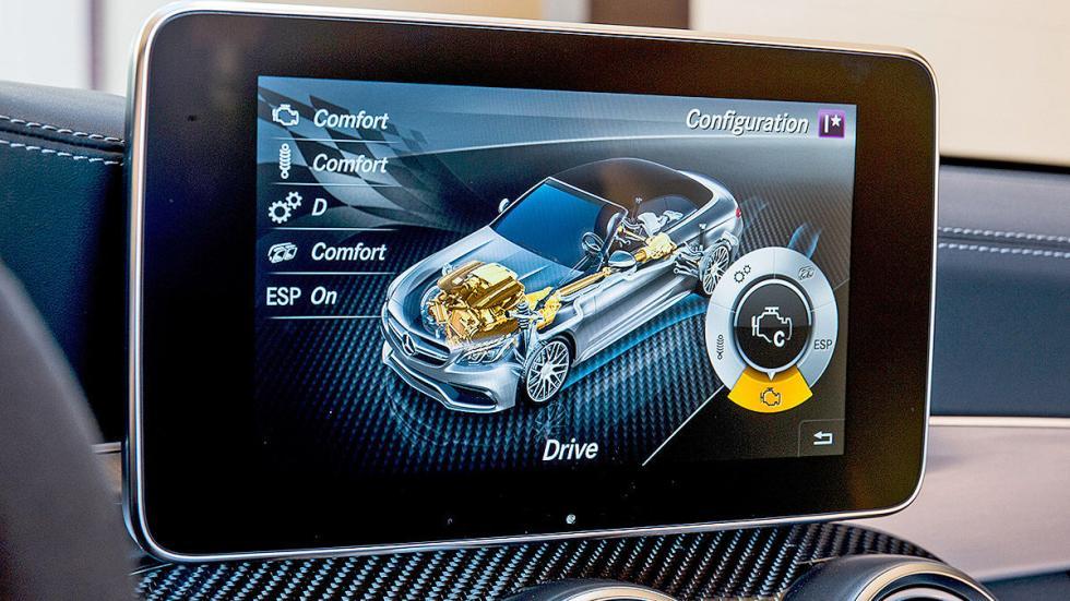 Mercedes AMG C 63 S Cabrio (2016) pantalla