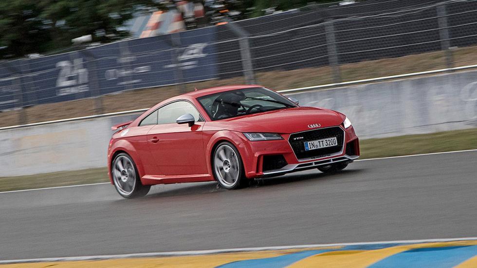 Prueba: Audi TT RS 2016 circuito barrido tres cuartos