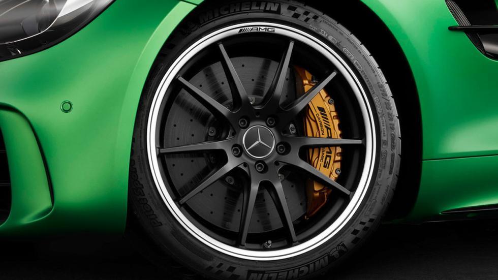 Mercedes-AMG GT R frenos