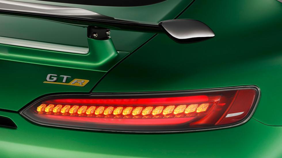 Mercedes-AMG GT R faros