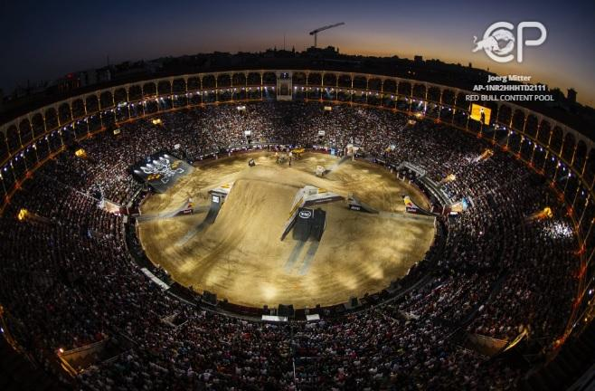 Red-Bull-X-Fighters-2016-2