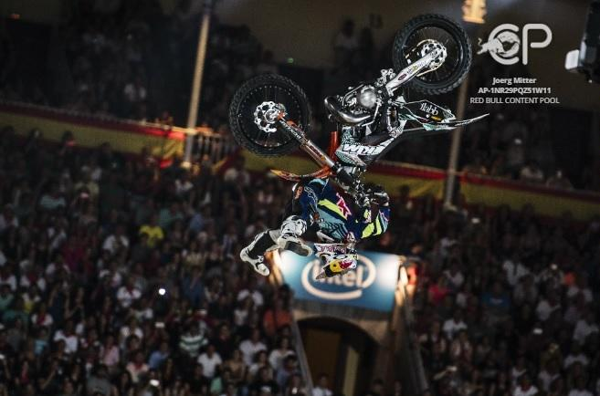 Red-Bull-X-Fighters-2016-5