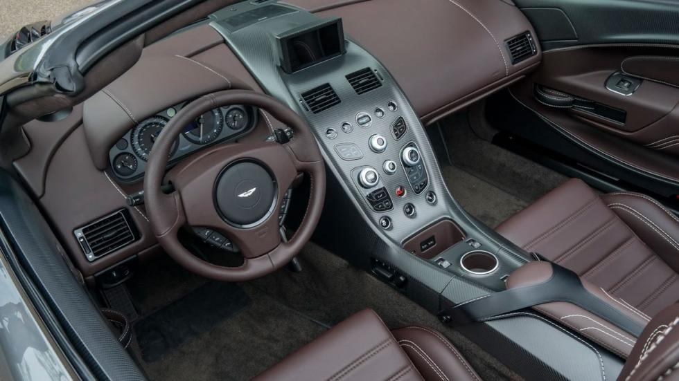 Aston Martin Vantage GT12 Roadster interior