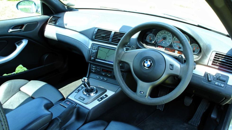 BMW M3 CS 2006  interior