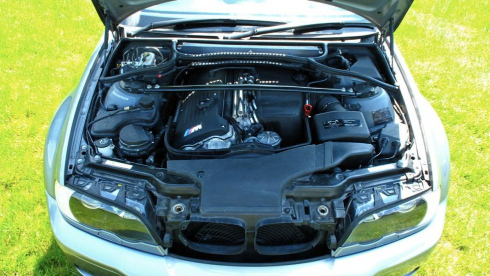BMW M3 CS 2006 motor