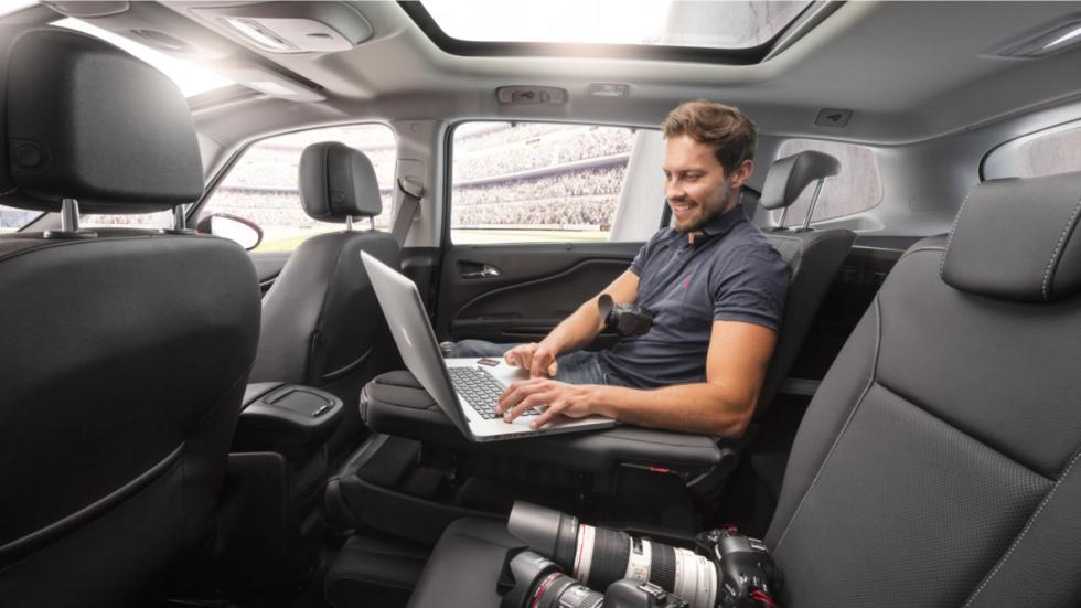 Opel Zafira 2016 asientos