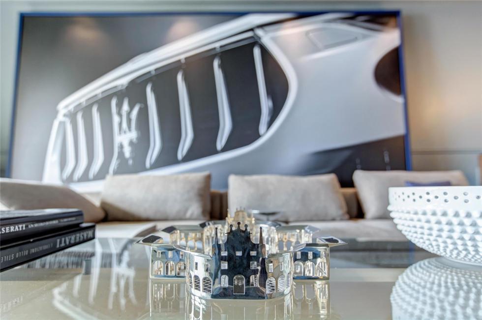 La habitación de lujo de Maserati 8