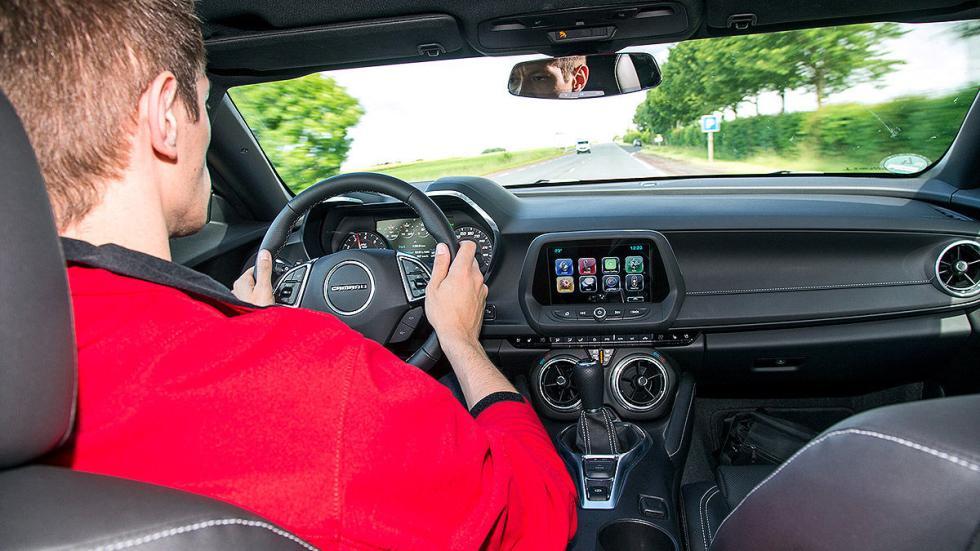 Chevrolet Camaro interior redactor