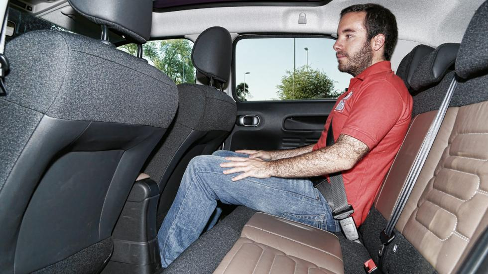 Citroën C4 Cactus BlueHDI 100 plazas traseras