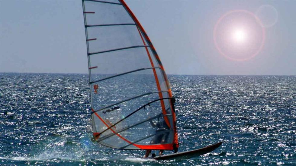 Las playas de Cádiz son la meca de los windsurfistas.