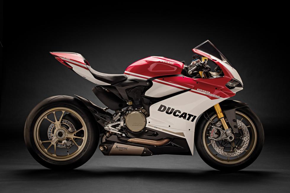 Ducati-1299-Panigale-S-Anniversario-24