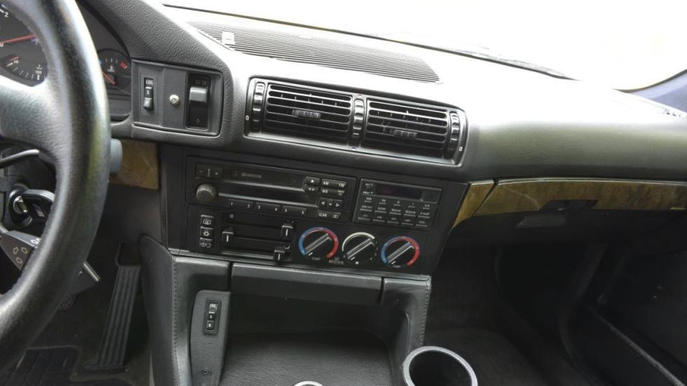 BMW M5 V12 salpicadero