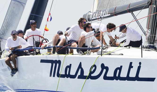 barco maserati debuta valencia competicion