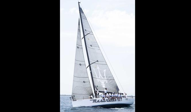 barco maserati debuta valencia mar