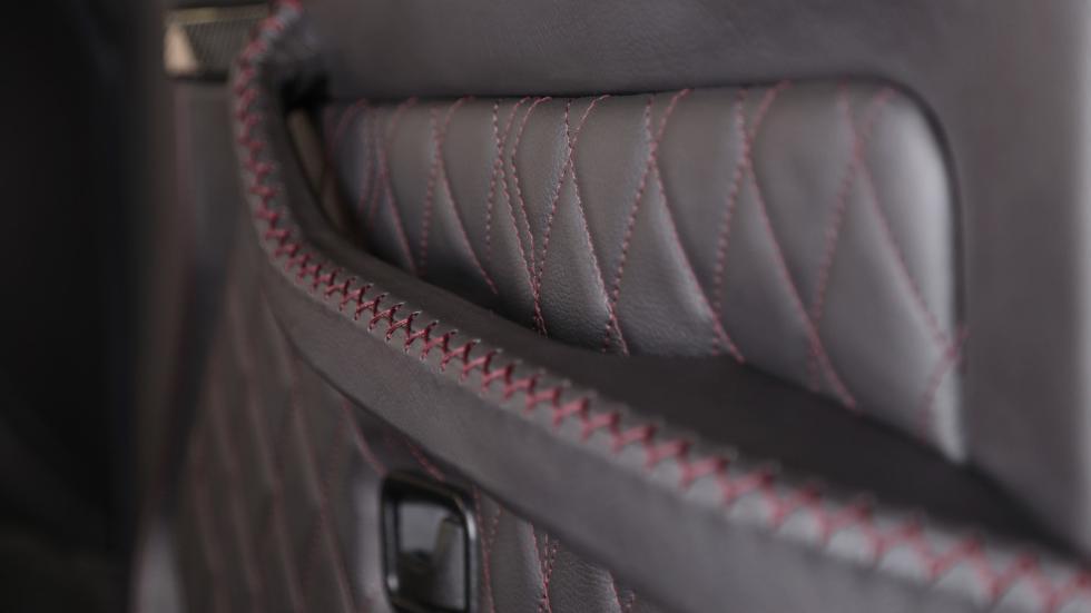 Mercedes Clase G Carbon Motors costuras