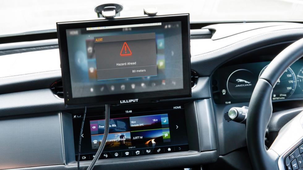 Alertas-Over-the-Horizon-Warnings-Jaguar-Land-Rover-señal