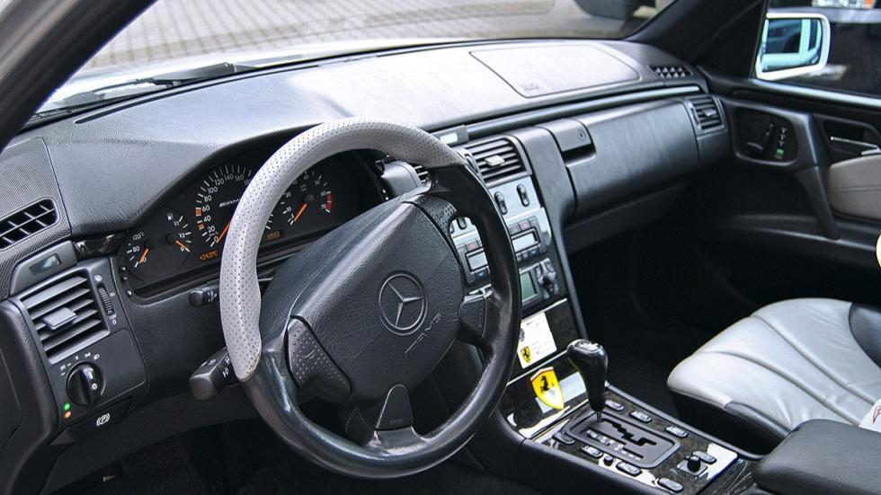 Mercedes E55 AMG de Michael Schumacher volante