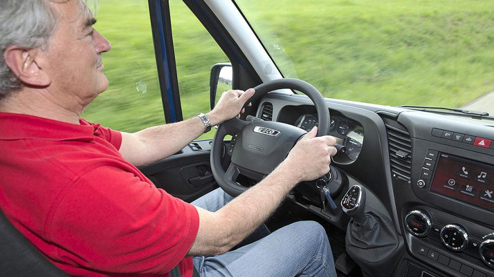 Iveco Daily 4WD detalle interior