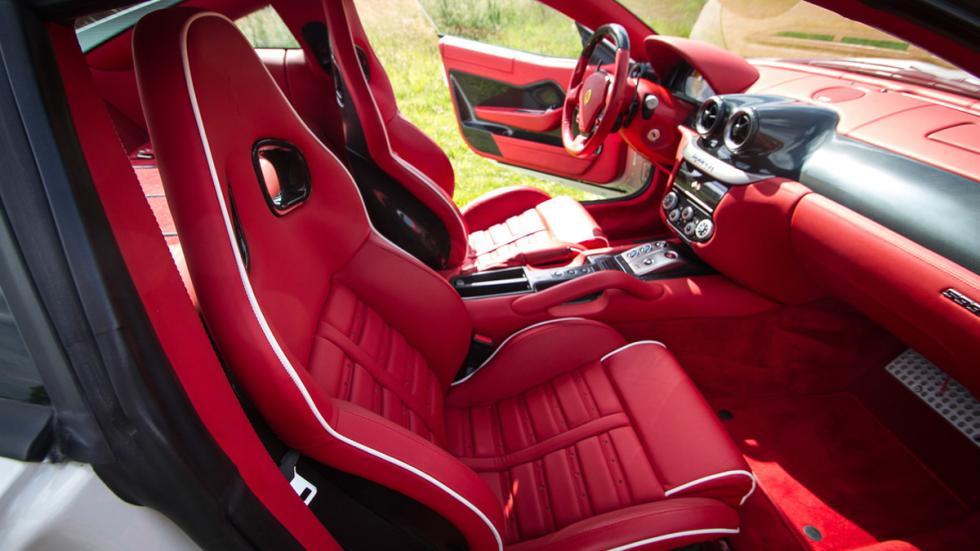 subasta Ferrari 599 GTB Fiorano asientos