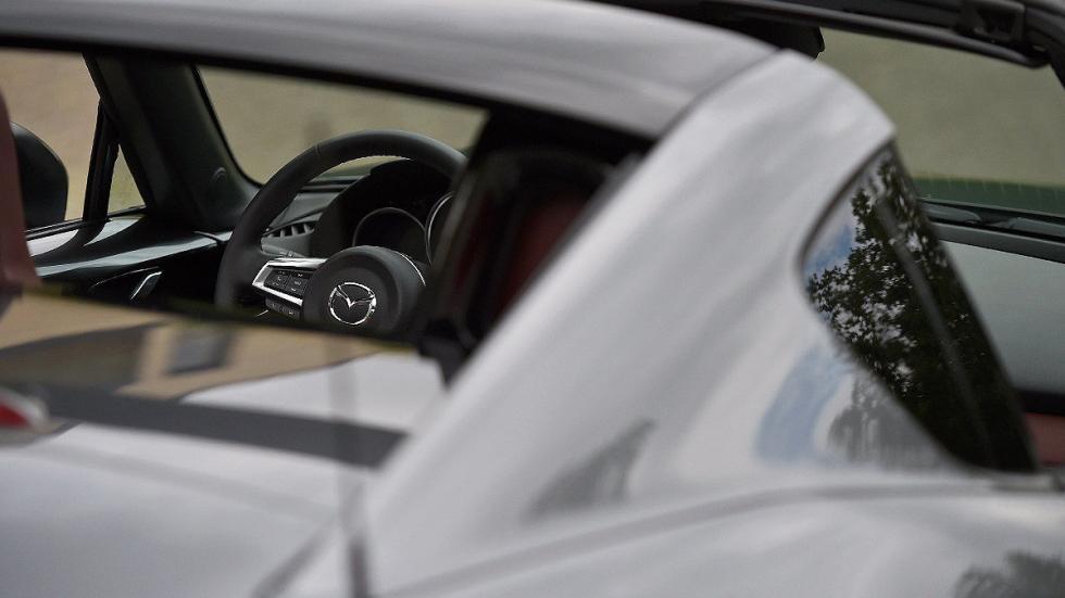 Nuevo Mazda MX-5 RF detalle