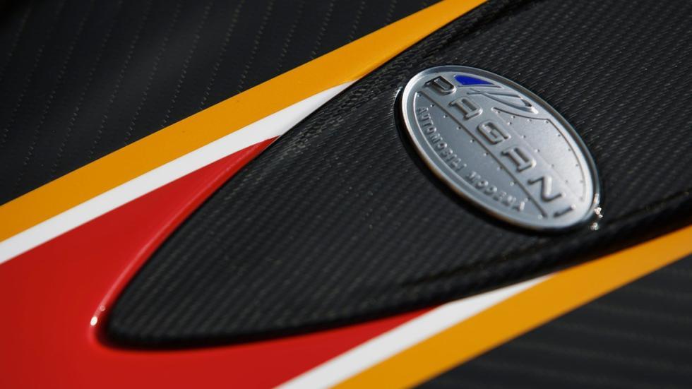 Mejores-colores-coche-fibra-carbono-desnuda