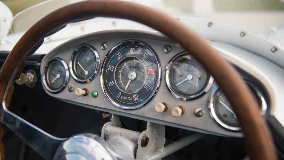 Ferrari 750 Monza cuadro de mandos