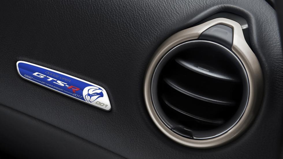 Dodge Viper GTS-R Commemorative Edition ACR
