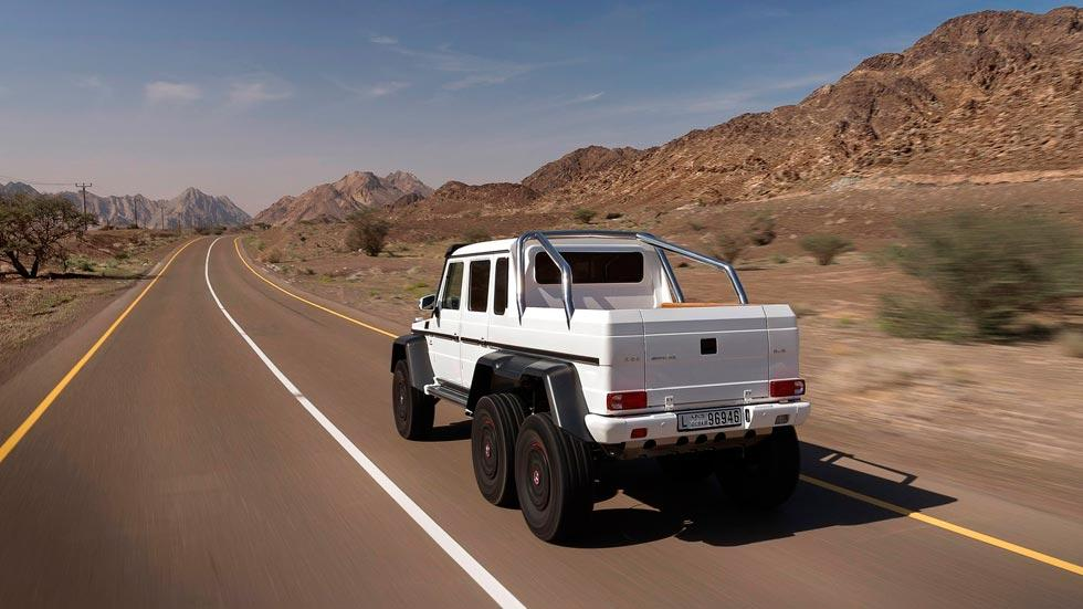 Mercedes Clase G 6x6 trasera blanco 4x4