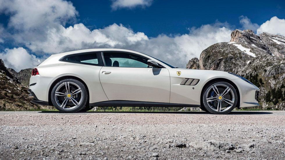Prueba Ferrari GTC4Lusso lateral deportivo