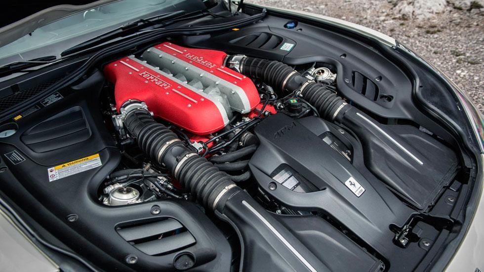 Prueba Ferrari GTC4Lusso motor V12 atmosferico