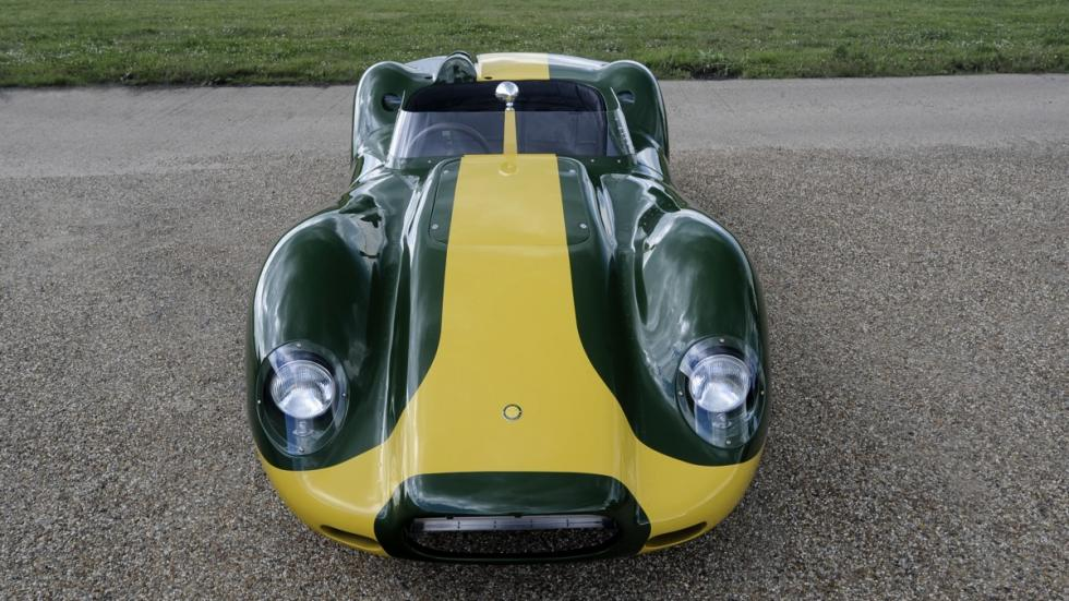 Lister Jaguar Knobbly Stirling Moss frontal