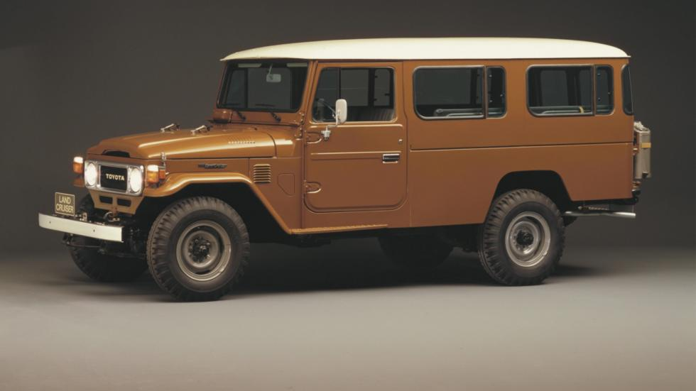 Toyota J40 autobus