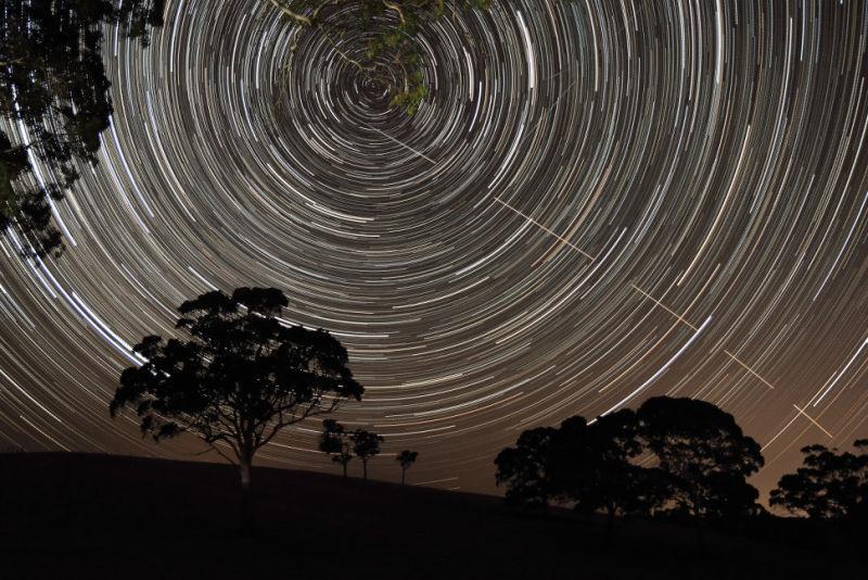 La Estación Espacial Internacional y las estrellas en Harrogate, Australia. Fotó