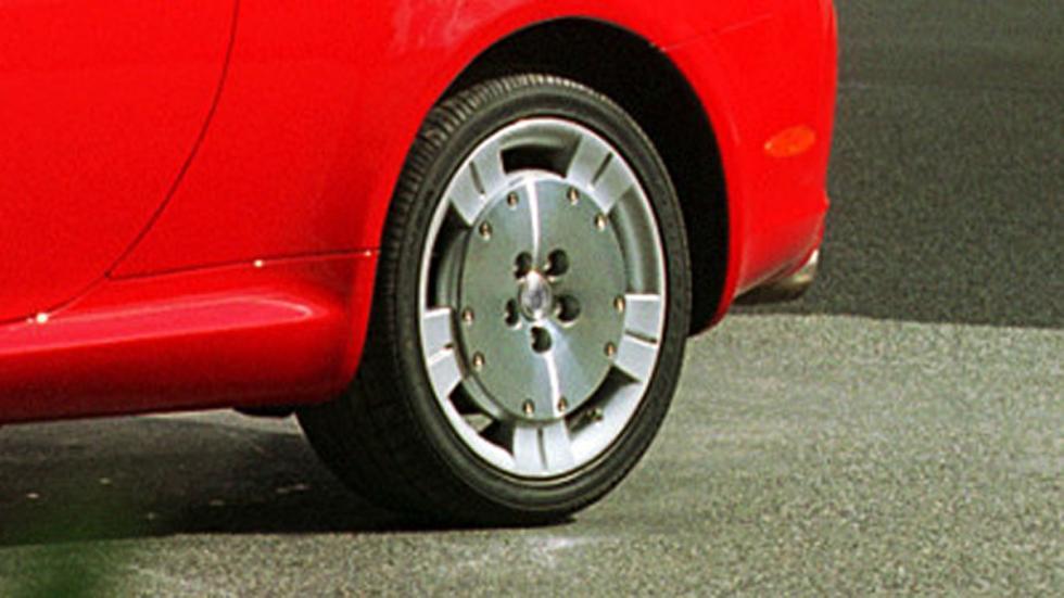 identifica-coches-por-sus-llantas-Lexus-SC