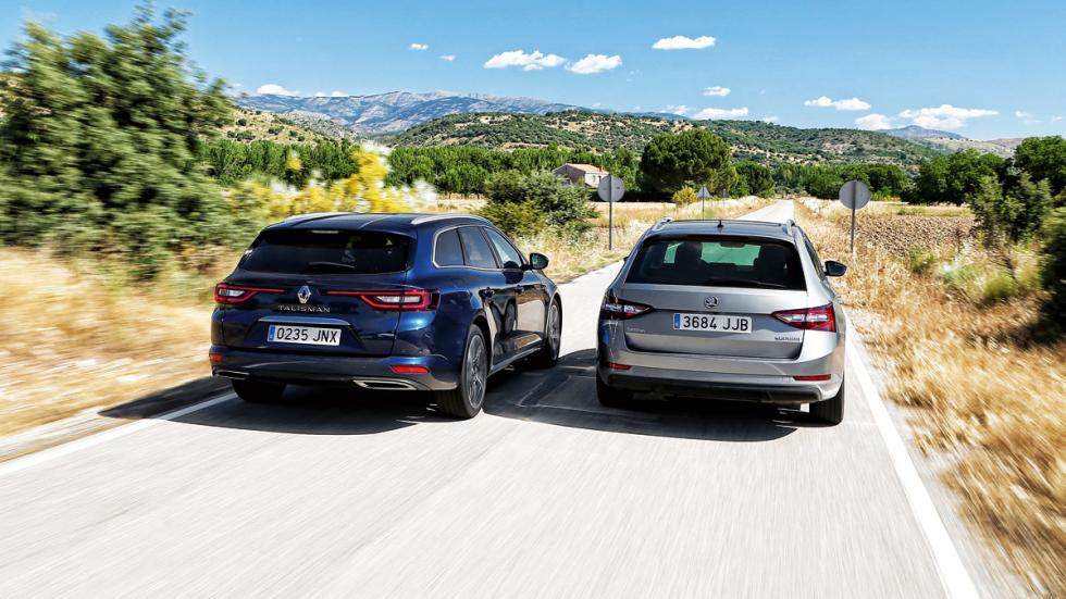 Renault Talisman vs Skoda Superb traseras