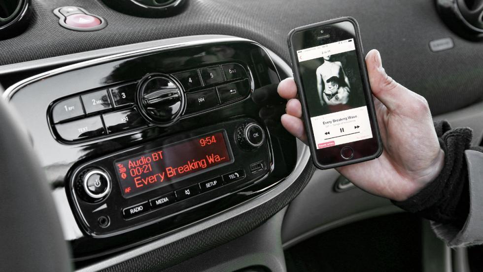 Smart Fortwo Cabrio conectividad