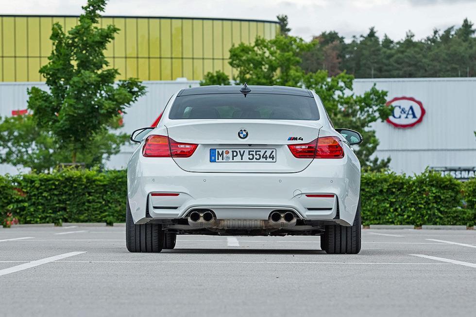 Prueba radical: BMW M4 Competition drift zaga