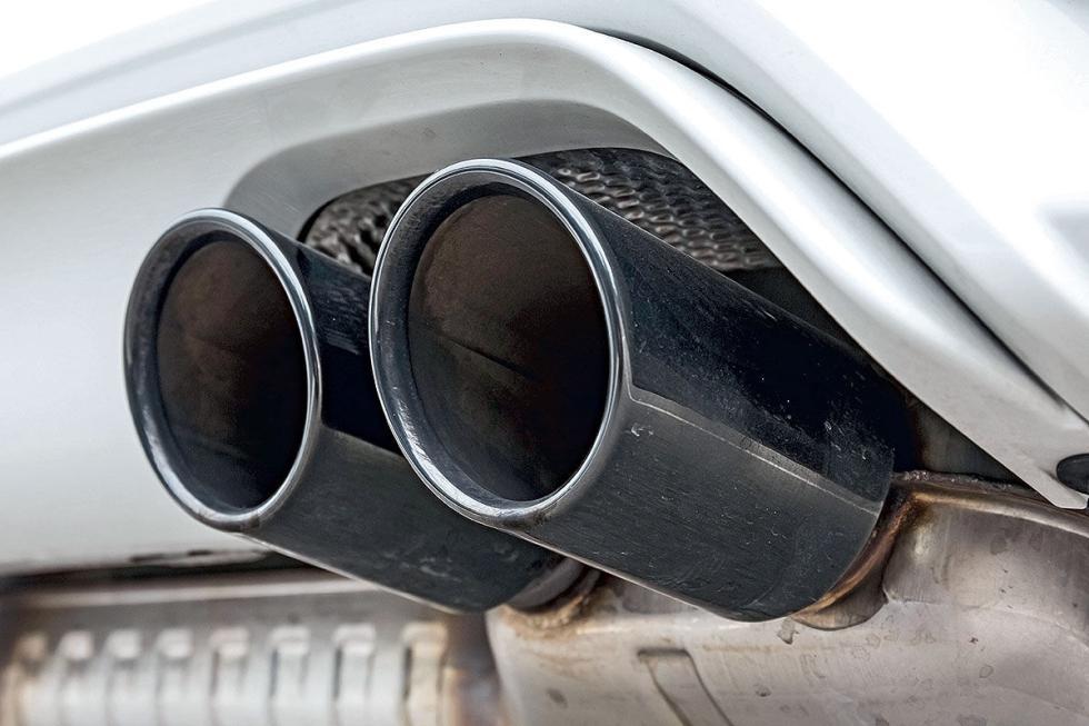Prueba radical: BMW M4 Competition detalle escape