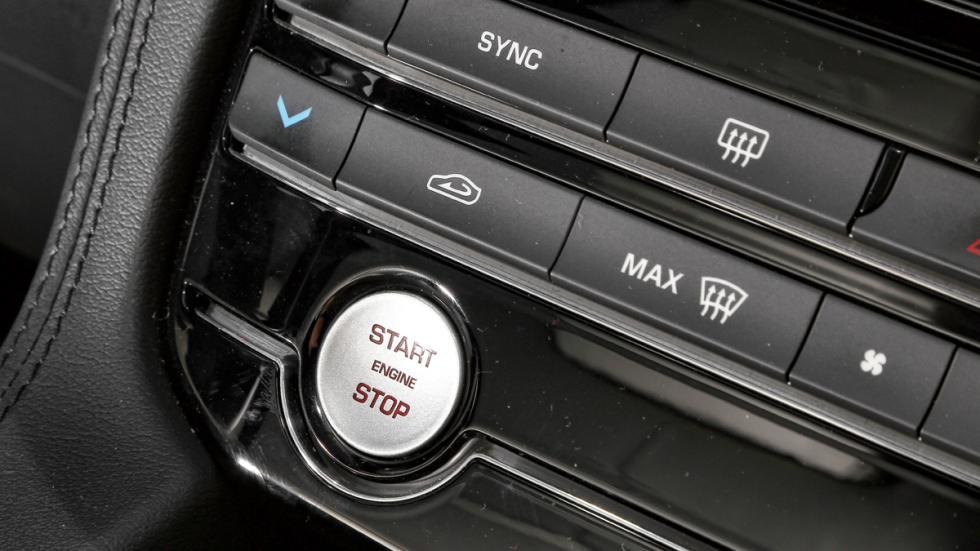 Prueba Jaguar F-Pace 3.0 TDV6 AWD S botón arranque